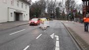Das Loch Am Graalwall ist mit Absperrbaken gesichert. Foto: Hansestadt Lüneburg, 11.12.2018