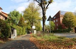 Der Gehweg zwischen der Scharnhorststraße Nr. 34 und der Einmündung in die Yorckstraße wird ab dem 21. Oktober neu gepflastert. Die Arbeiten dauern voraussichtlich 4 Wochen. Foto: Hansestadt Lüneburg